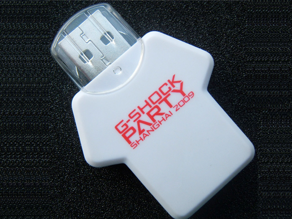 China BSCI Manufacturer Custom sporting T-shirt  shaped usb stick for free sample