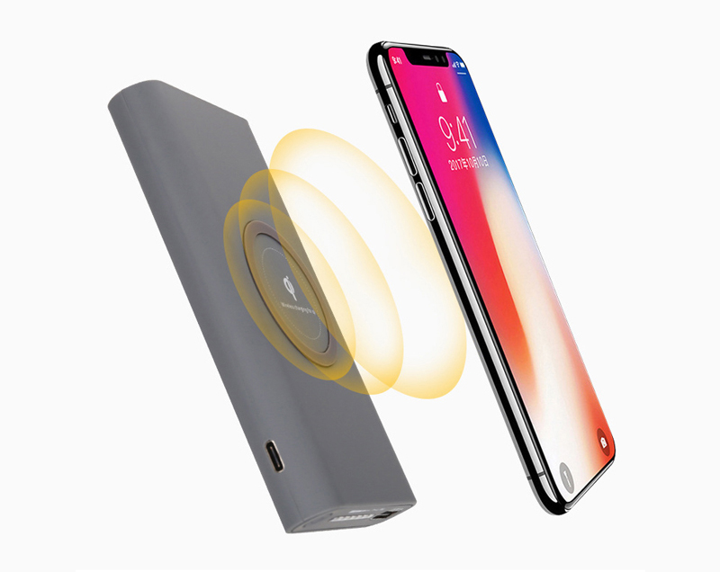 2018 New Qi wireless fast charger Transmitter Powerbank 10000mAh for Samsung/iPhone8/iPhonex/iPhone8 plus
